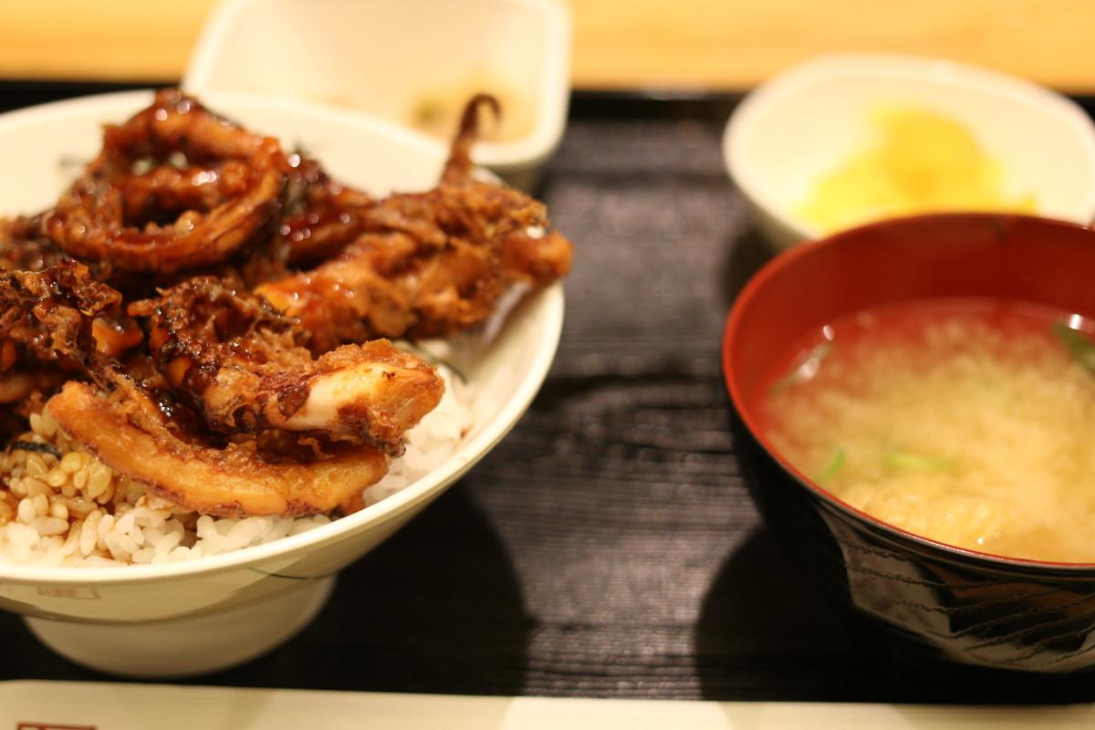 イカゲソ丼